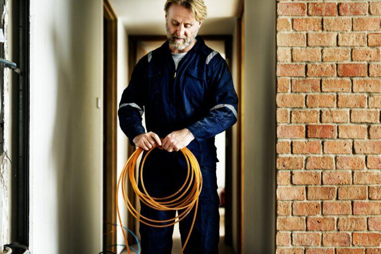 Du kan läse mera om de områden vi kör i här; Elektriker Kristianstad Elektriker Lund Elektriker Tollarp Elektriker Höör Elektriker Malmö Elektriker Hässleholm